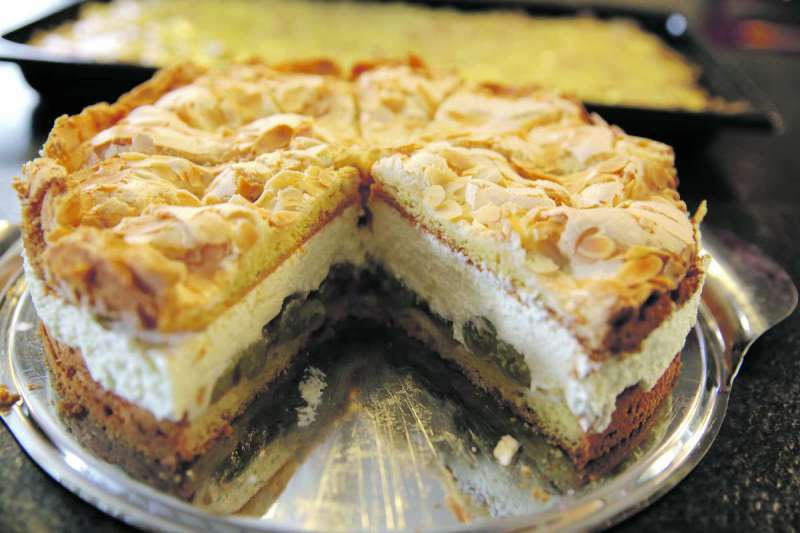 Kultur mit kuchen magdeburg kompakt for Gebrauchte kuchen magdeburg
