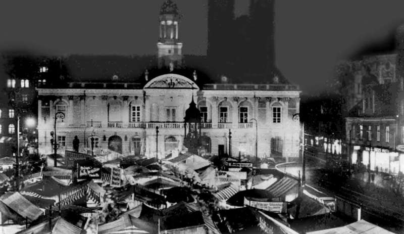 Wo Ist Weihnachtsmarkt Heute.Weihnachtsmarkt Früher Und Heute Aale Und Kolonialwaren Magdeburg